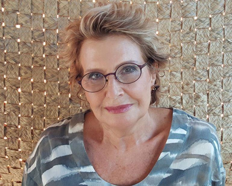 Dra Elizabeth Monteiro O Filho é Meu Avǒsidade